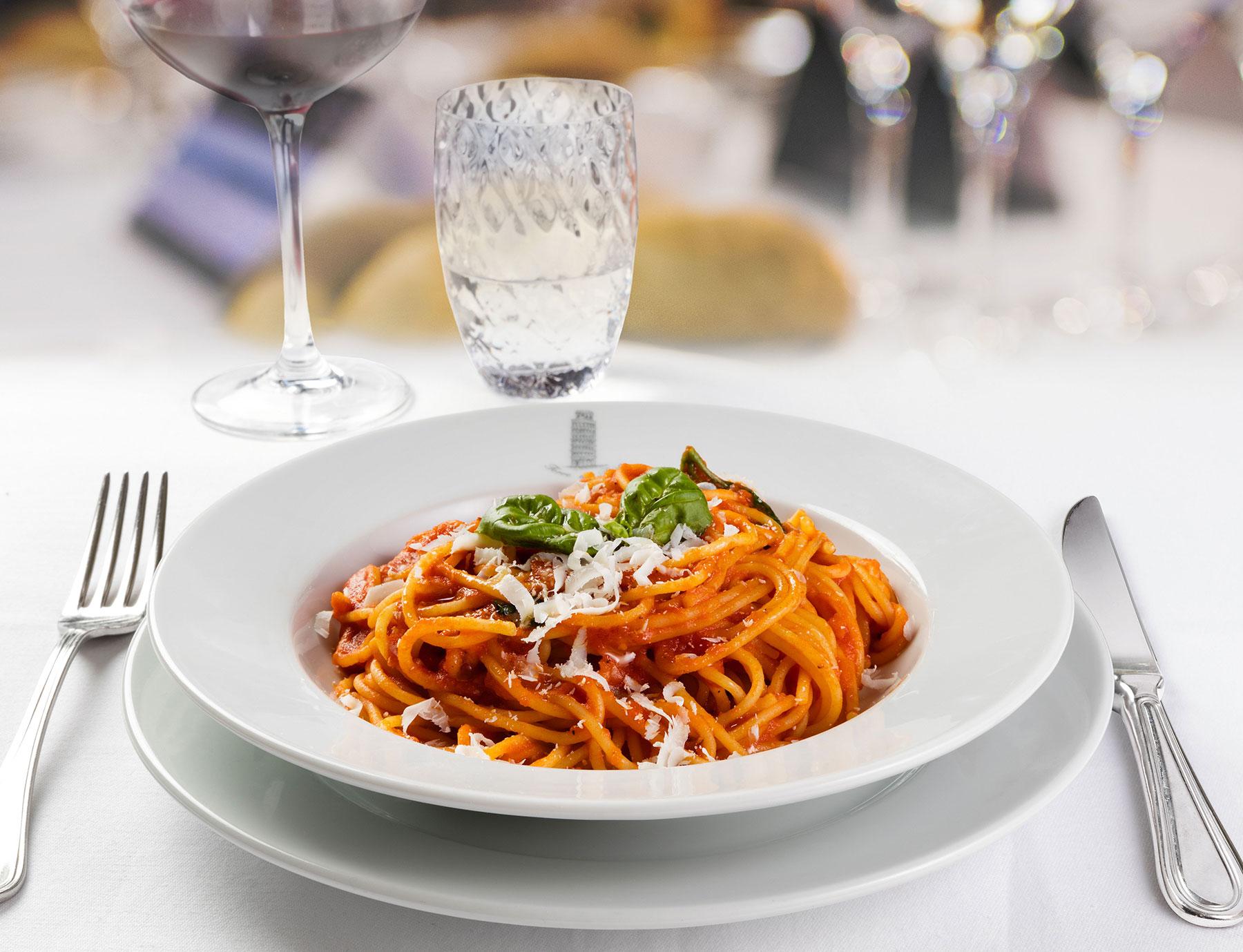 """Spaghetti """"Riserva Cavalier Cocco"""" alla siciliana"""